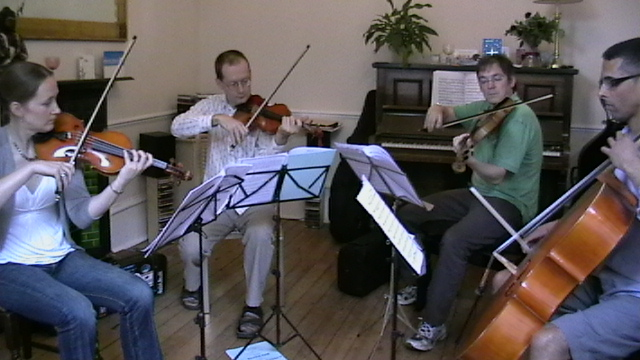 Playing Bruch Quartet in E (Op. 10)