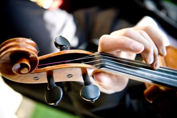 Modern string quartet and duo with exceptional rock and pop selection for all types of occasions including anniversaries and birthday events