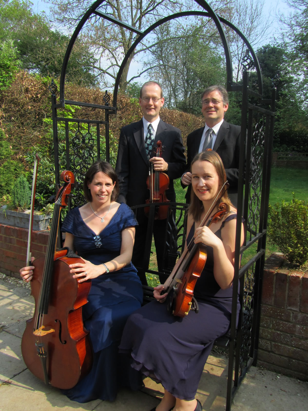 Manor House Music Buckinghamshire, Hertfordshire and Bedfordshire based wedding string quartet