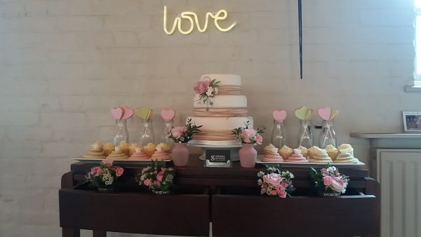 Sherry Hostler wedding cakes